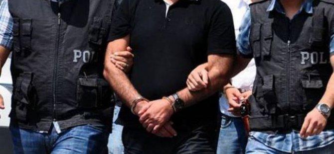 FETÖ operasyonu biri gazeteci 8 gözaltı