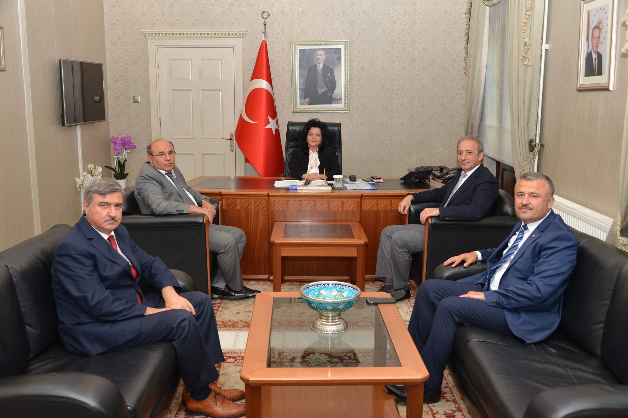 Belediye Başkanlarından Vali Civelek'e Hayırlı Olsun Ziyareti
