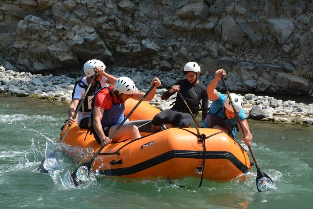 Raftingde Kupalar Sahiplerini Buldu