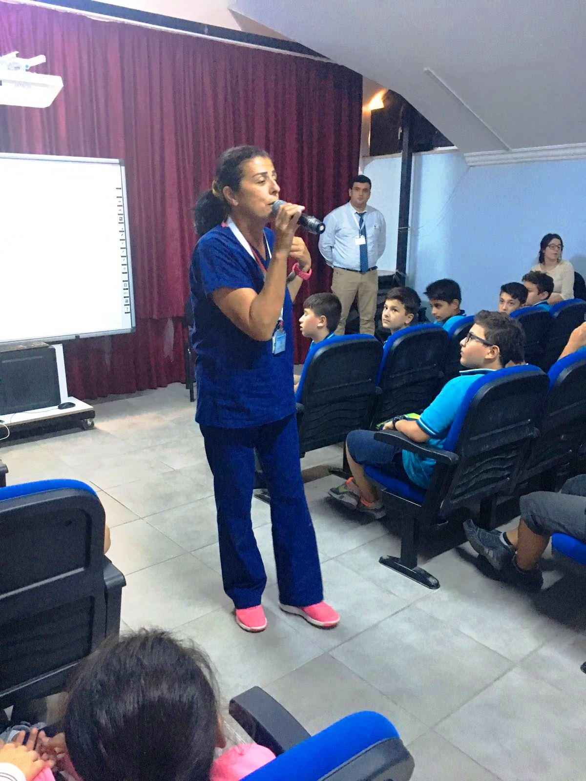 Özalp Okullarında hayvan dostu konferansı