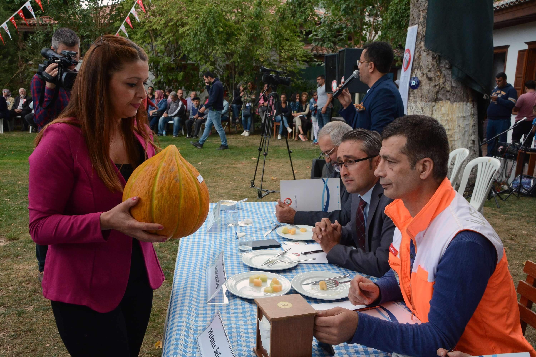 Karabağlar'da En Güzel Kavun Yarışması Yapıldı